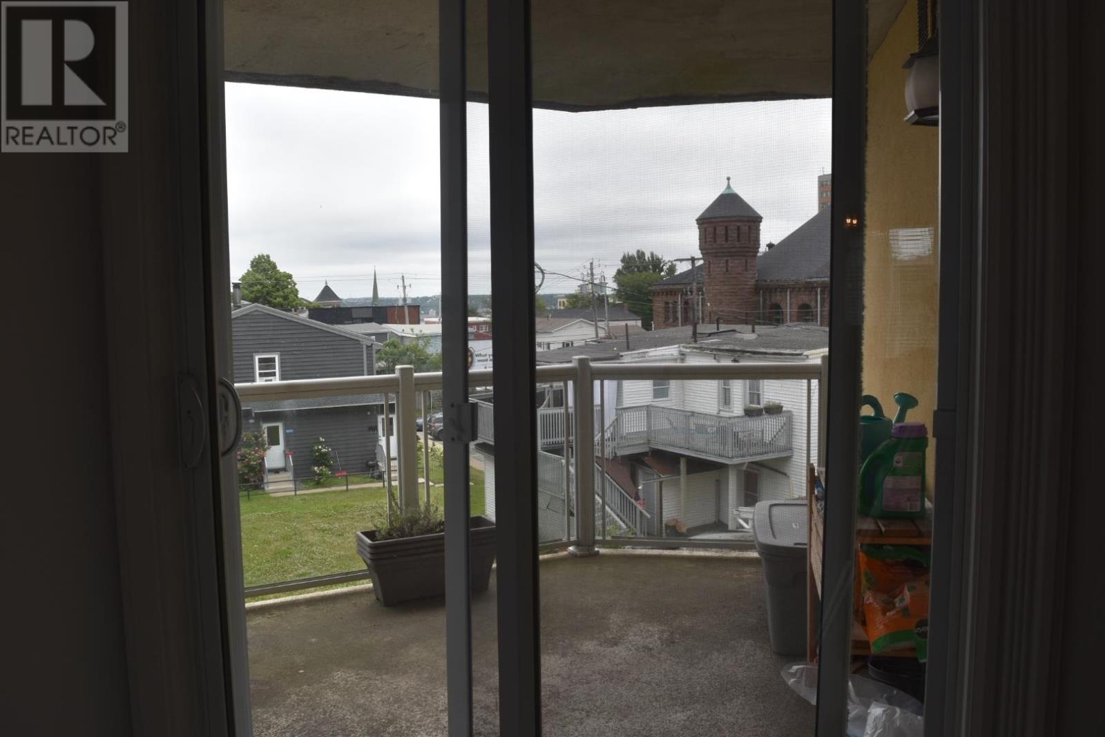 304 5689 Cunard Street, Halifax, Nova Scotia  B3K 1C7 - Photo 3 - 202118347